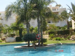 Puerto Rey 2 bedroom beach-townhouse, Vera