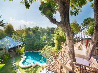 Villa Dome w/ sky view near beach, Seminyak