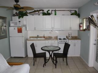 Unit 9, Fully equipped Kitchen, remodelled a couple years ago.
