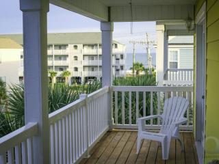 'Sun of a Beach' Surfside Beach 3rd Row, Ocean View, Private Pool, Elevator
