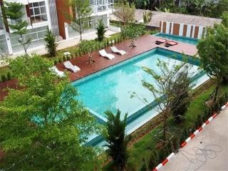 1 bedroom condo next to the beach in Klong Muang
