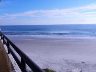 Beautiful Daytona Oceanfront Condo Rental, Daytona Beach