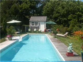 West Tisbury In-Town With Pool (West-Tisbury-In-Town-With-Pool-WT106)