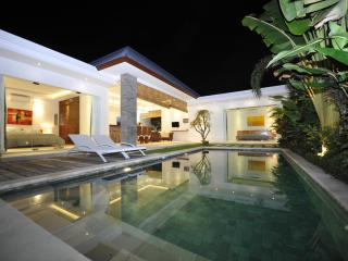 #D6 Exotic and Comfy Nest in Seminyak 4BR