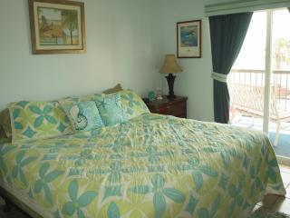 Beach Paradise at Maravilla-True Gulf Front 2 BR, Galveston