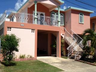 Casa Bromelia - Walk to the Beach, Vieques