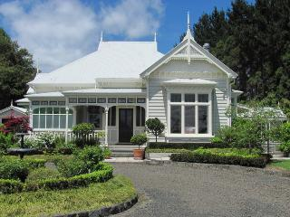 Duckpond B & B Kumeu, Auckland.