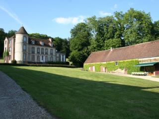Chateau estate vacation rental 90 minutes from Paris, Orne