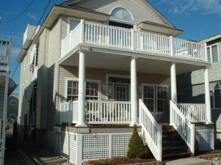 Beautiful Ocean City, NJ, 1st floor Condo