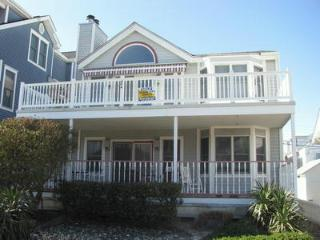 904 St Charles Place 2nd 113364, Ocean City