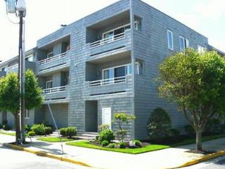 900 Pennlyn Place, Unit 5, 2nd Floor 113395