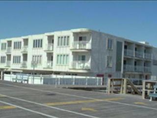 1401 Ocean Ave Unit **********