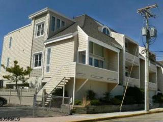 834 Moorlyn Terrace Ocean Terrace Unit **********