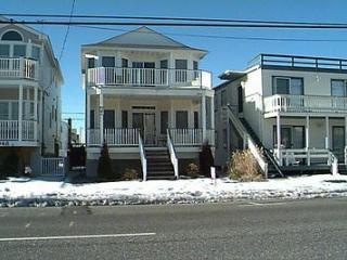 2946 West Avenue 2nd Floor 49577, Ocean City