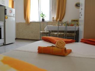 Devivi Adris apartment, Split