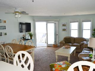 Villa Capriani 215-A | Direct Oceanfront 3 Bedroom!  Discounts Available- See, Sneads Ferry