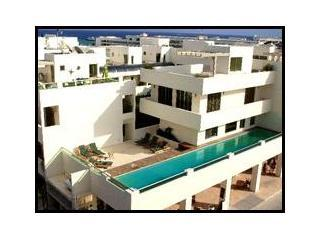 Casa 88 1 bed Penthouse Canadian Standards Clean!, Playa del Carmen