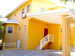 Lovers Lane - Grenada, Lance aux Epines