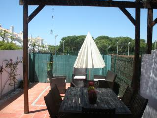 Chalet pareado, piscina,cerca playa,padel