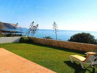 No 6 Ocean View. Praia da Luz - 25 m from the sea!