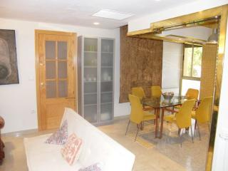 Suite con baño privado y sala, Cordoba