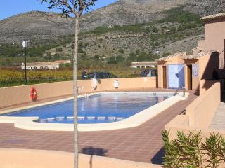 BARGAIN 2 BED HOL IDAY APARTMENT  NR JALON VALLEY, Jalón