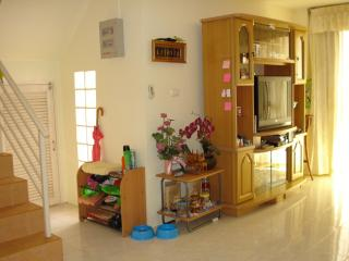 SELF CONTAINED 3 BEDROOM TOWNHOUSE, Chachoengsao