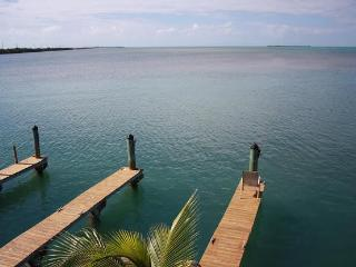 Conch Key Villas, Quiet, Clean with Awesome VIews in Paradise