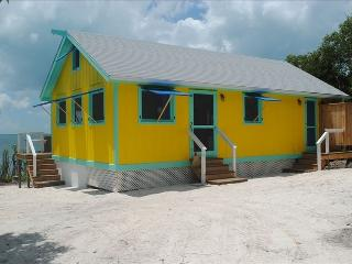 Crawl Bight Cottage on the Sea of Abaco, Guana Cay, Great Guana Cay
