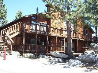 Mountain Cabin Condo with No Stairs, Stateline
