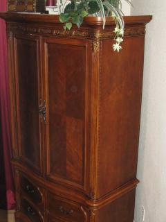 Beautiful armoire housing 40' flat screen high def tv