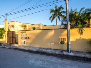 Casa Corona - Convenient Location, Pool, One Level, Cozumel