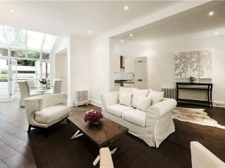 Cromwell Crescent, pro-managed, Londres