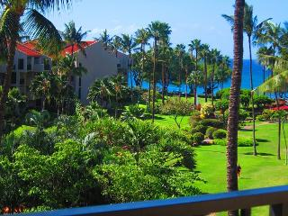 Kamaole Sands #3-402 Ocean View Sleeps 6.