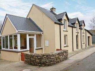 SLAHENY HOUSE, detached riverside cottage, rural position, close to Kilgarvan, Ref 23805