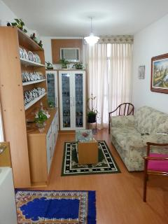 LIVING ROOM (WITH AIR CONDITIONER)