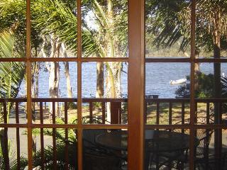 Waterfront Architect Designed House, Smiths Lake