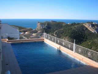 Fantastic Views, Pool, 3 Bed, 2 bath, Appartment., Benitachell