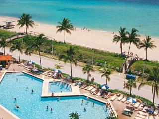 LAST DEAL !!!  STUDIO at Hollywood Beach Resort,