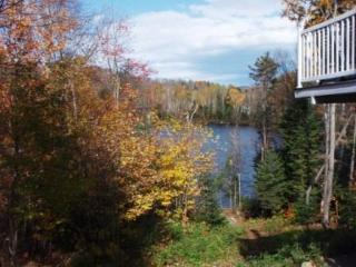 Lakefront Rental - Breathtaking View, Saint-Adolphe-d'Howard