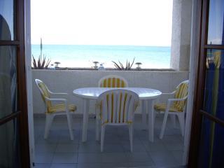 Apartamento en 1a linea de playa zona naturista