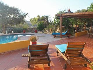 Villa Tamarinde Aruba- Peaceful countryside villa, Paradera