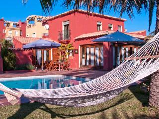 Villa mediterranea a 50m del mar., Denia