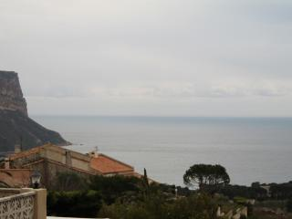 Delightful Ground Floor Apartment in Cassis for 4