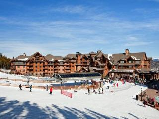 Luxurious Ski-in/Ski-out Condo in Breckenridge, CO