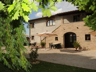 Podere Casenove an antique farmhouse, panorama