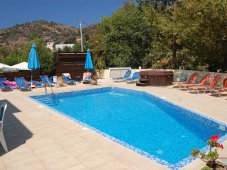 One bedroom apartment in Fodele, with shared pool, Fodhele