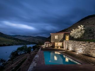 Villa rental in Douro Valley, Alijo