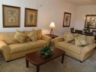 4 Bedroom 3 Bath Pool Home Near Disney. 610WF, Orlando