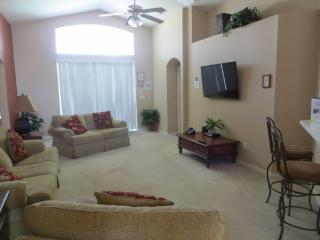 Pet Friendly 4 Bedroom 3 Bath Pool Home in Gated Community. 140RD, Orlando